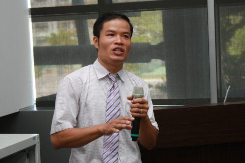 Hình ảnh tại một buổi diễn thuyết đề tài nghiên cứu