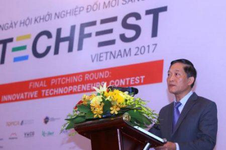 """""""Quản gia ảo"""" và dược liệu quý ngàn năm Ưng bất bạc: 2 dự án đáng chú ý tại Techfest 2017"""