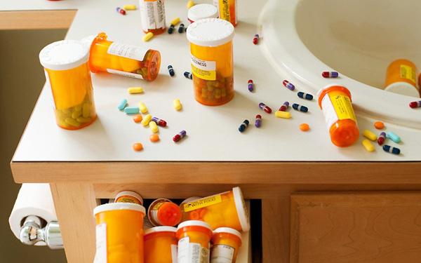 Luôn tìm hiểu kĩ thông tin về loại thuốc sử dụng