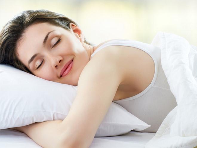 Ngủ đủ giấc để bảo vệ sức khỏe cho gan