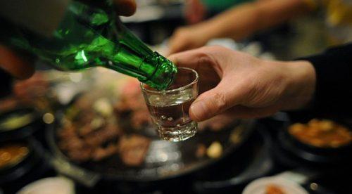 Lạm dụng rượu dẫn đến tình trạng viêm gan do rượu