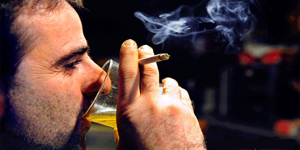 Điều trị viêm gan B hiệu quả nhất định phải từ bỏ rượu bia và thốc lá