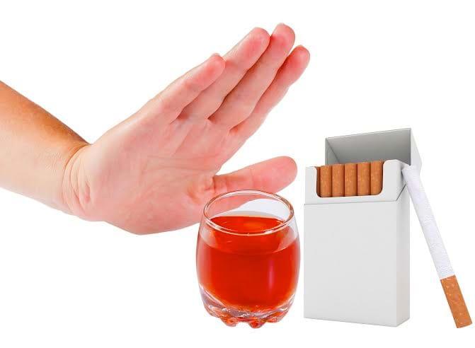 Nói không với rượu, bia, thuốc lá giúp gan khỏe mạnh hơn