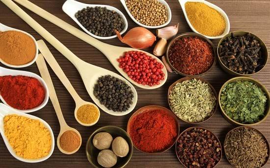 Gia vị cay, nóng là những thực phẩm người viêm gan C cần hạn chế