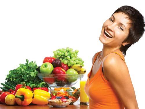 Bổ sung nhiều rau xanh và hoa quả tươi cho cơ thể