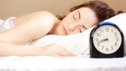 Ngủ đủ giấc, không thức khuya