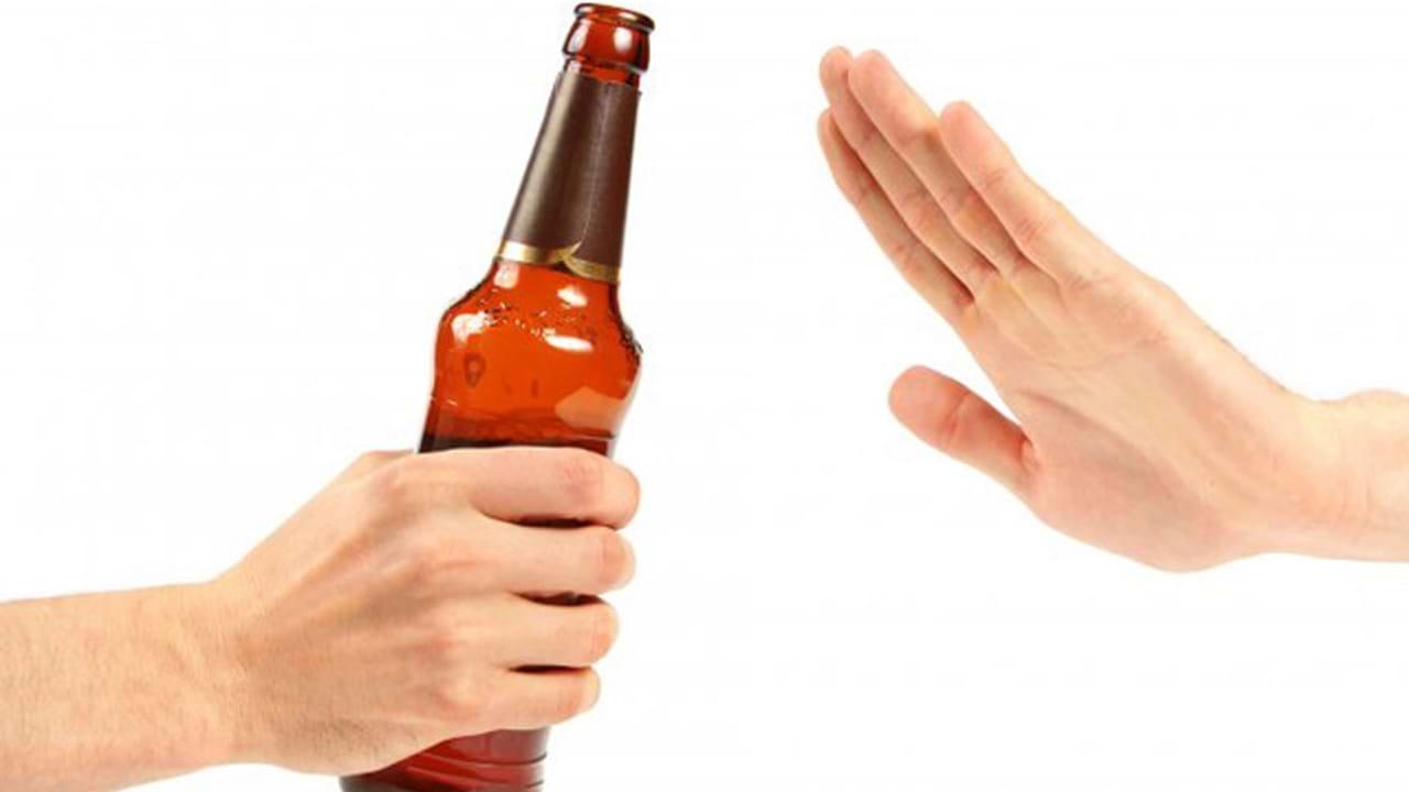 Nói không với rượu, bia là cách hạ men gan hiệu quả