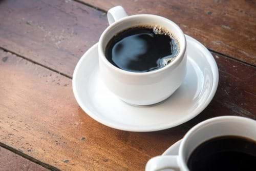 Chất Caffein trong cà phê có tác dụng hạn chế lượng men gan bất thường