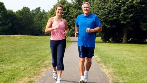 Bị gan nhiễm mỡ độ 1 nên tập thể dục và giảm cân