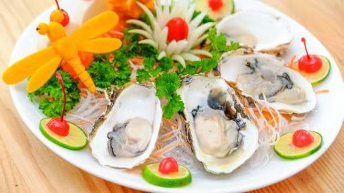 Người bị viêm gan C cần kiêng hải sản tươi sống và có vỏ