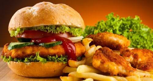 Thức ăn nhanh không tốt cho người bị viêm gan C