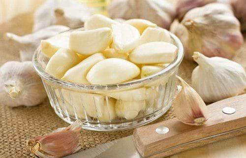 Theo nhiều nghiên cứu chỉ ra rằng tỏi có tác dụng phục hồi gan